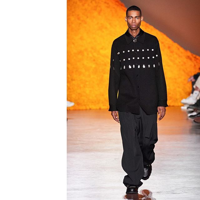 Keiron (@kcaynes) closing Jil Sander AW20. Hair by Eugene Souleiman, makeup by Lucy Bridge and casting by Henry Thomas.